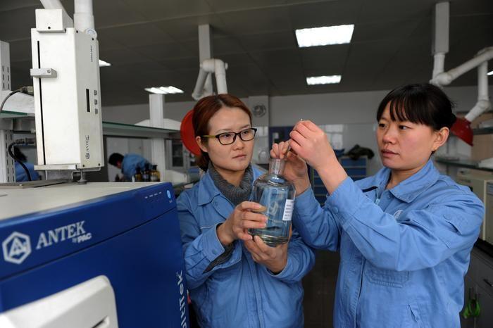 质检中心认真做好产品质量检验工作,确保出厂产品百分百合格